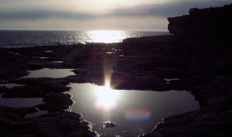 When the Devil comes to Inis Mór - Short story - Aran Islands