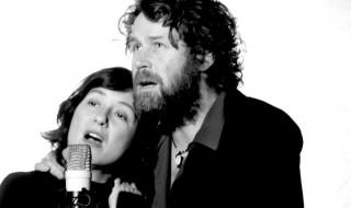 Claudia McDowell con Liam Ó Maonlaí