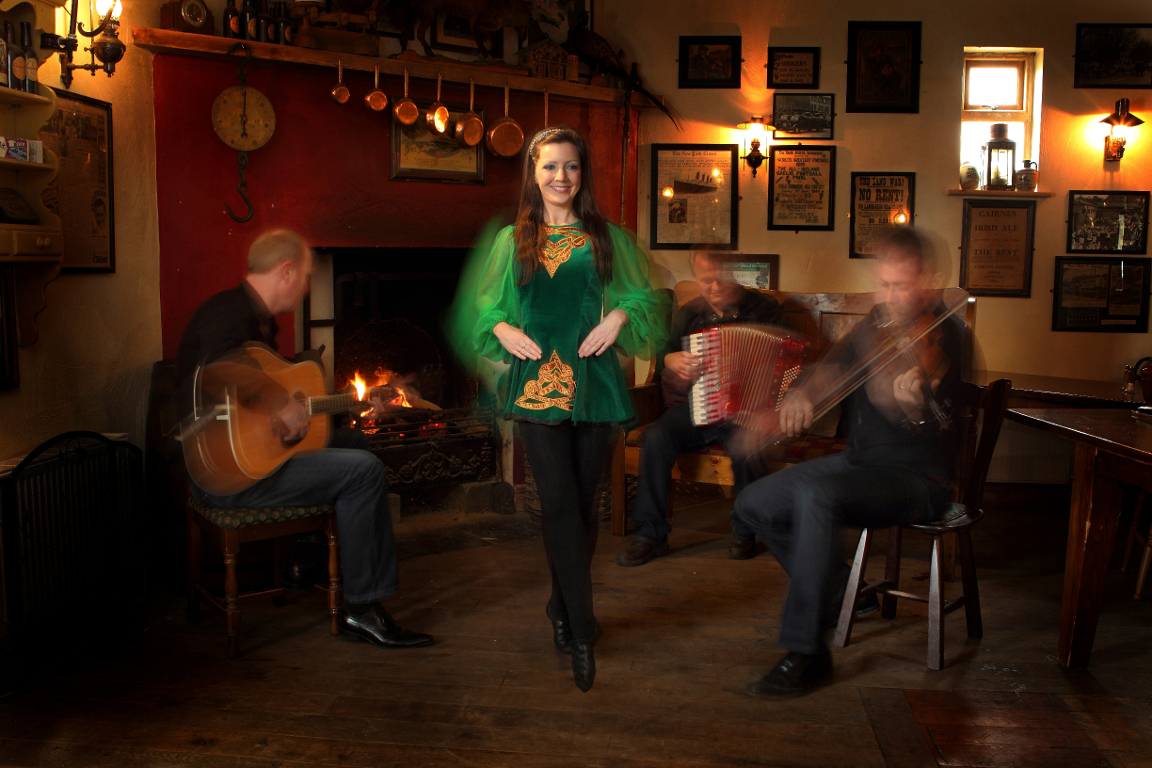 Irish dance - Merry Ploughboy Pub, Edmondstown Rd, Rathfarnham, Co. Dublin