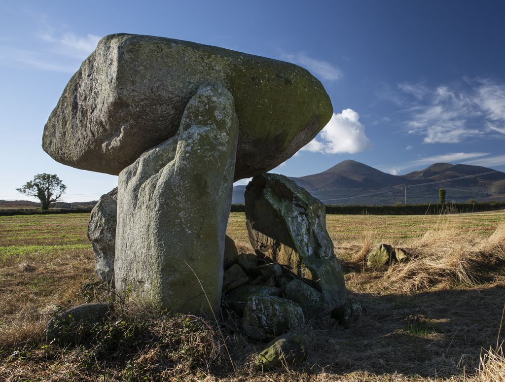 Celti d'Irlanda - Slidderyford Dolmen at Murlough. Picture by Bernie Brown