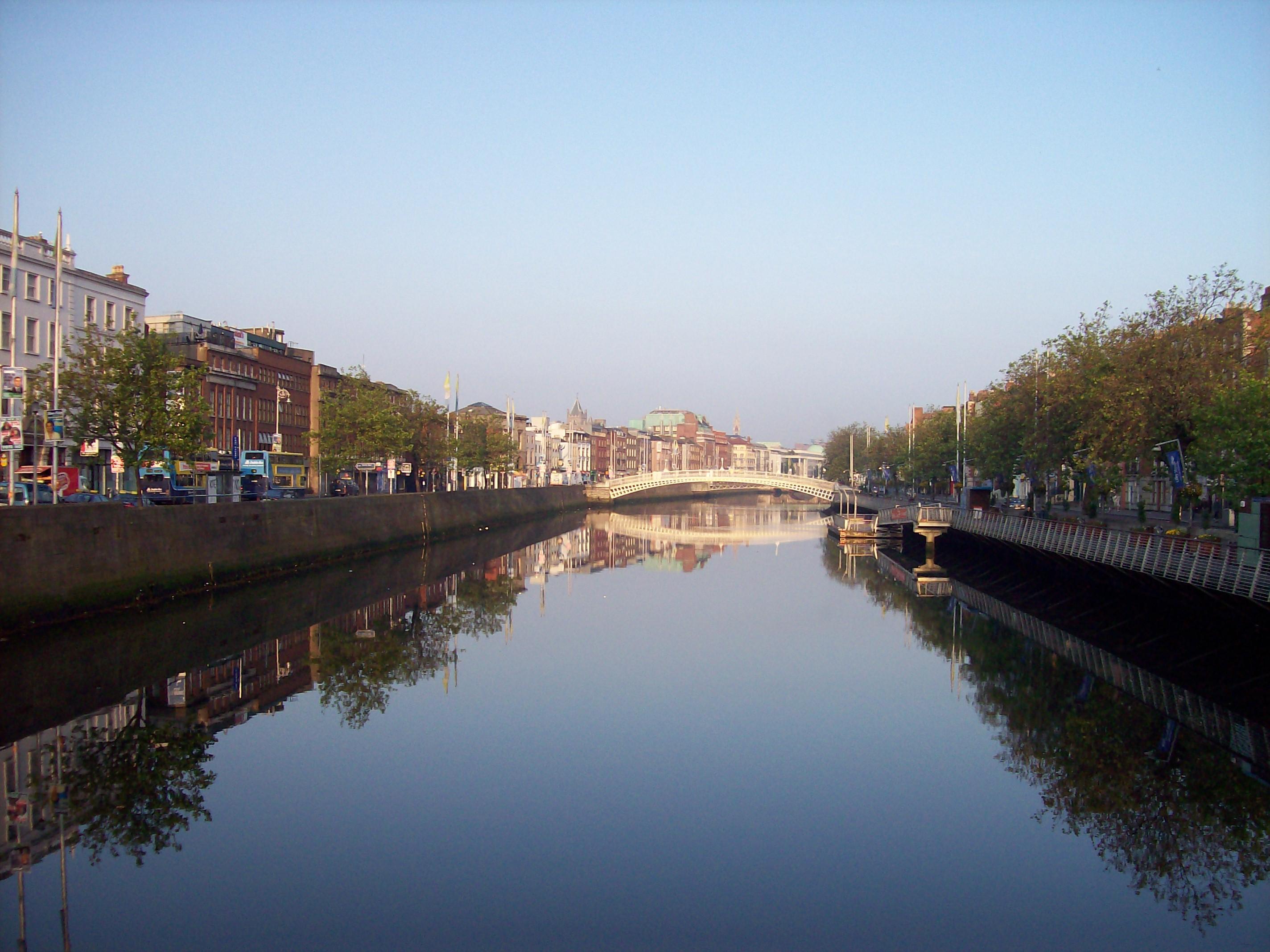 ItalishMagazine - Storie Irlandesi - Il Libro Che Viene dall'Irlanda